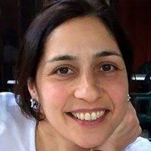 Dr Arezou Azad