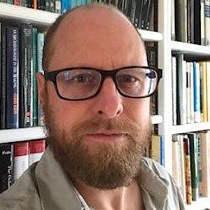 Dr Cameron Petrie
