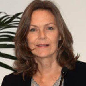 Dr Sarah Stewart